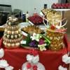 Buffet de desserts pour un mariage